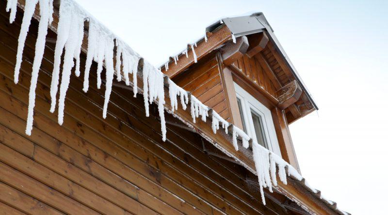 Zabezpieczenie dachu przed zimą